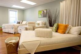 Rhode Island organic mattress showroom